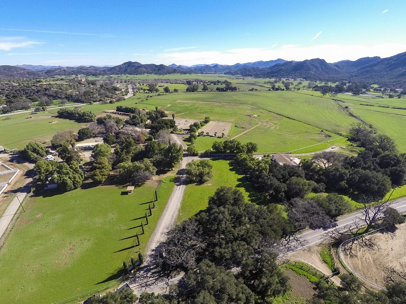 Single Family Home for Sale at Hidden Valley Road Thousand Oaks, California 91361 United States