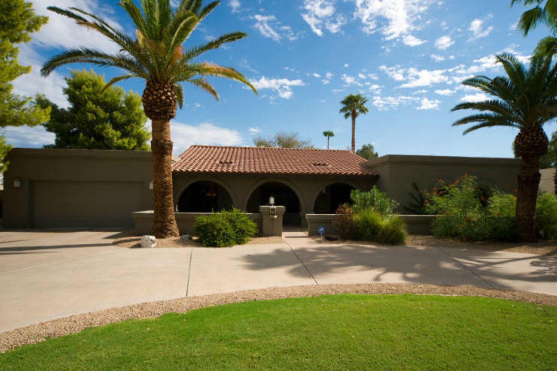 Property For Sale at Executive lease in one of Scottsdale's finest subdivisions, McCormick Ranch