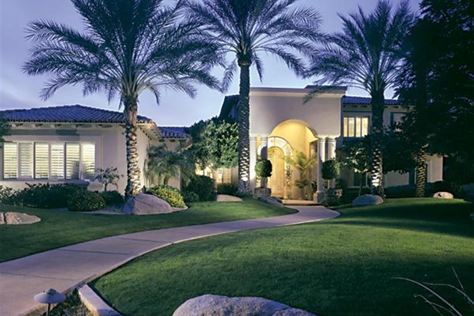 Single Family Home for Sale at Custom home on huge .78 acre private culdesac hillside lot. 3429 E Tonto DR Phoenix, Arizona 85044 United States