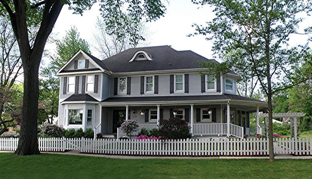 Einfamilienhaus für Verkauf beim 4 N Madison 4 N. Madison Hinsdale, Illinois 60521 Vereinigte Staaten
