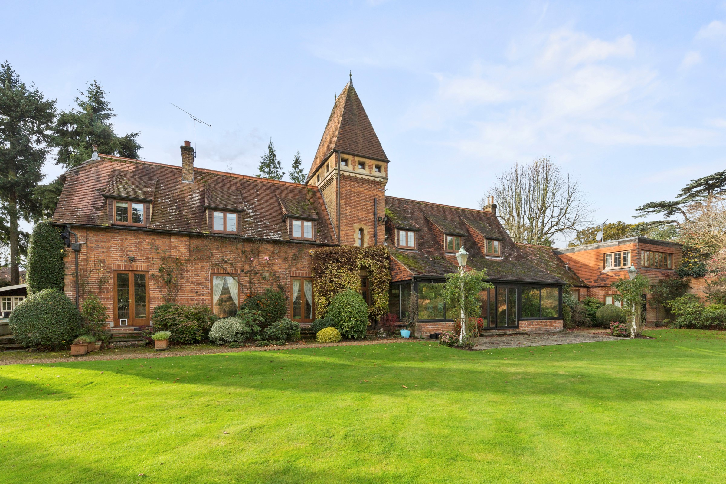 sales property at Sunningdale, Surrey