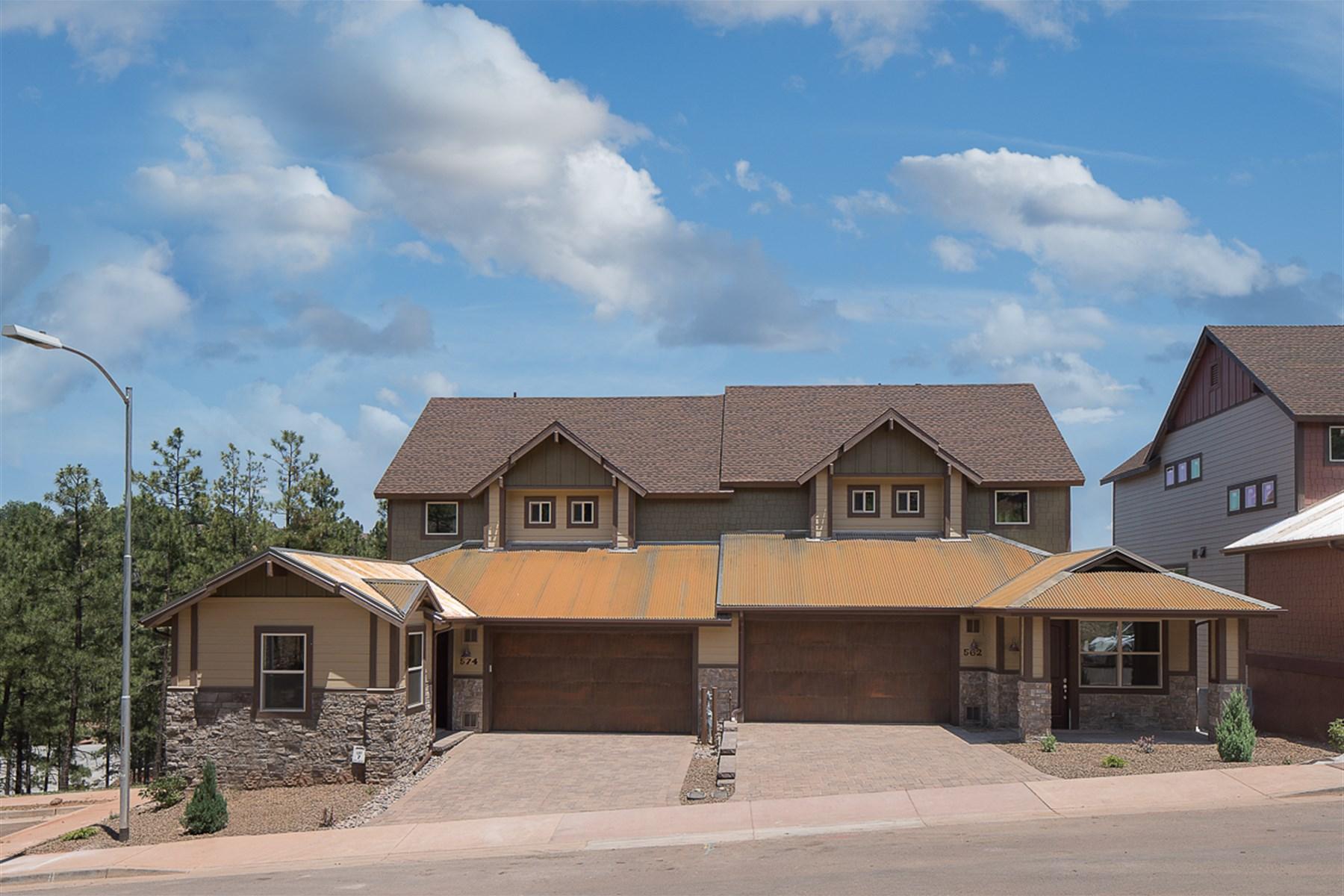 Maison de Ville pour l Vente à Enjoy Magnificent Mountain Views 562 N Otto Lot 8 DR Flagstaff, Arizona 86001 États-Unis