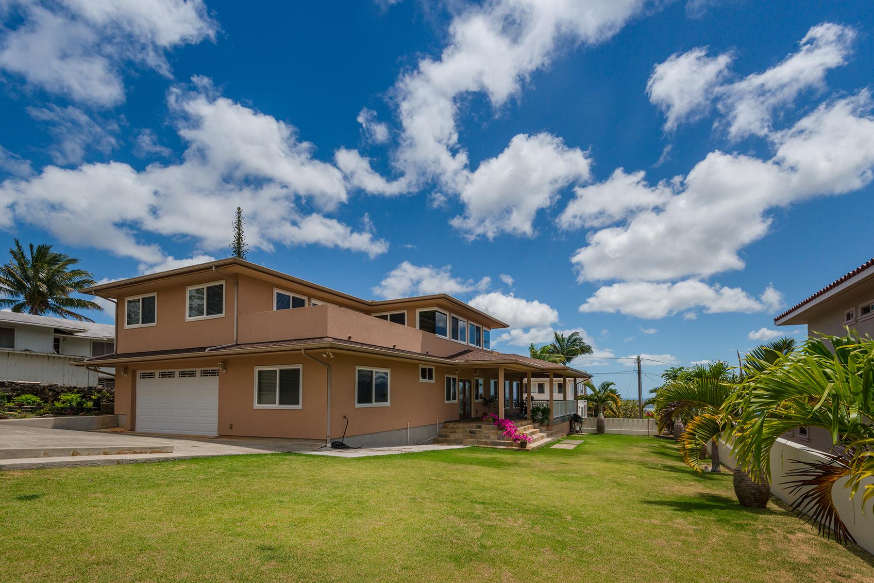 Maison unifamiliale pour l Vente à Luxury Heights Home 99-050 Lohea Pl. Aiea, Hawaii 96701 États-Unis