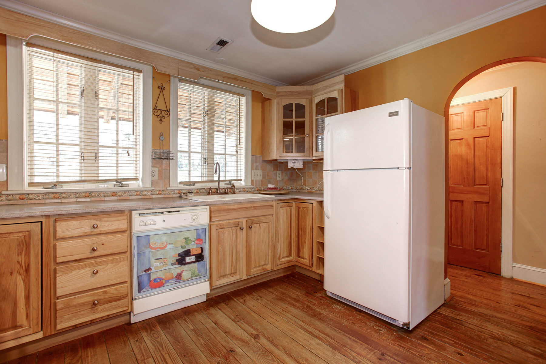 Additional photo for property listing at Occoquan 416 Mill St Occoquan, 弗吉尼亚州 22125 美国