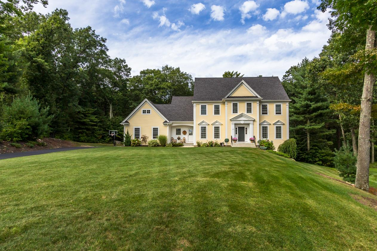 Property For Sale at Impeccable Colonial