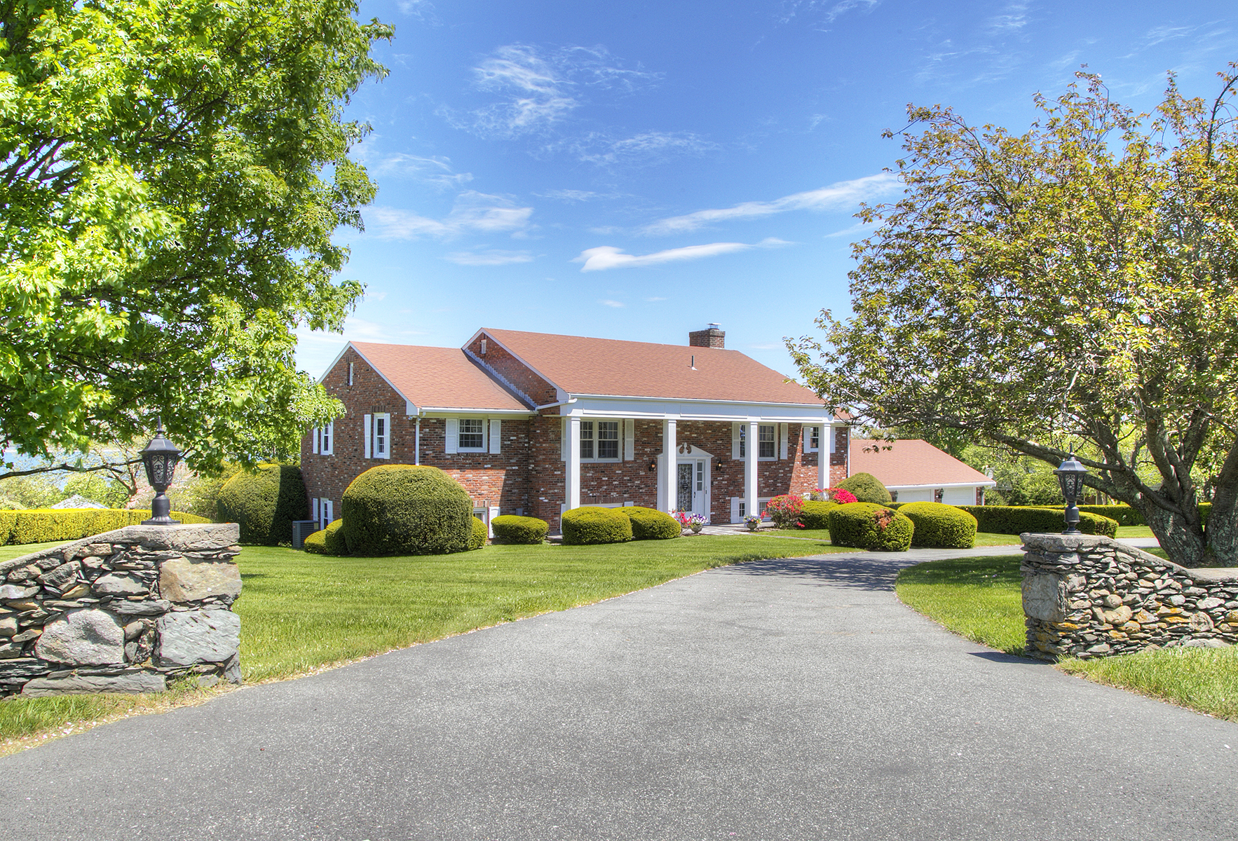 Single Family Home for Sale at Sandy Point Water View 140 Adams Drive Portsmouth, Rhode Island 02871 United States