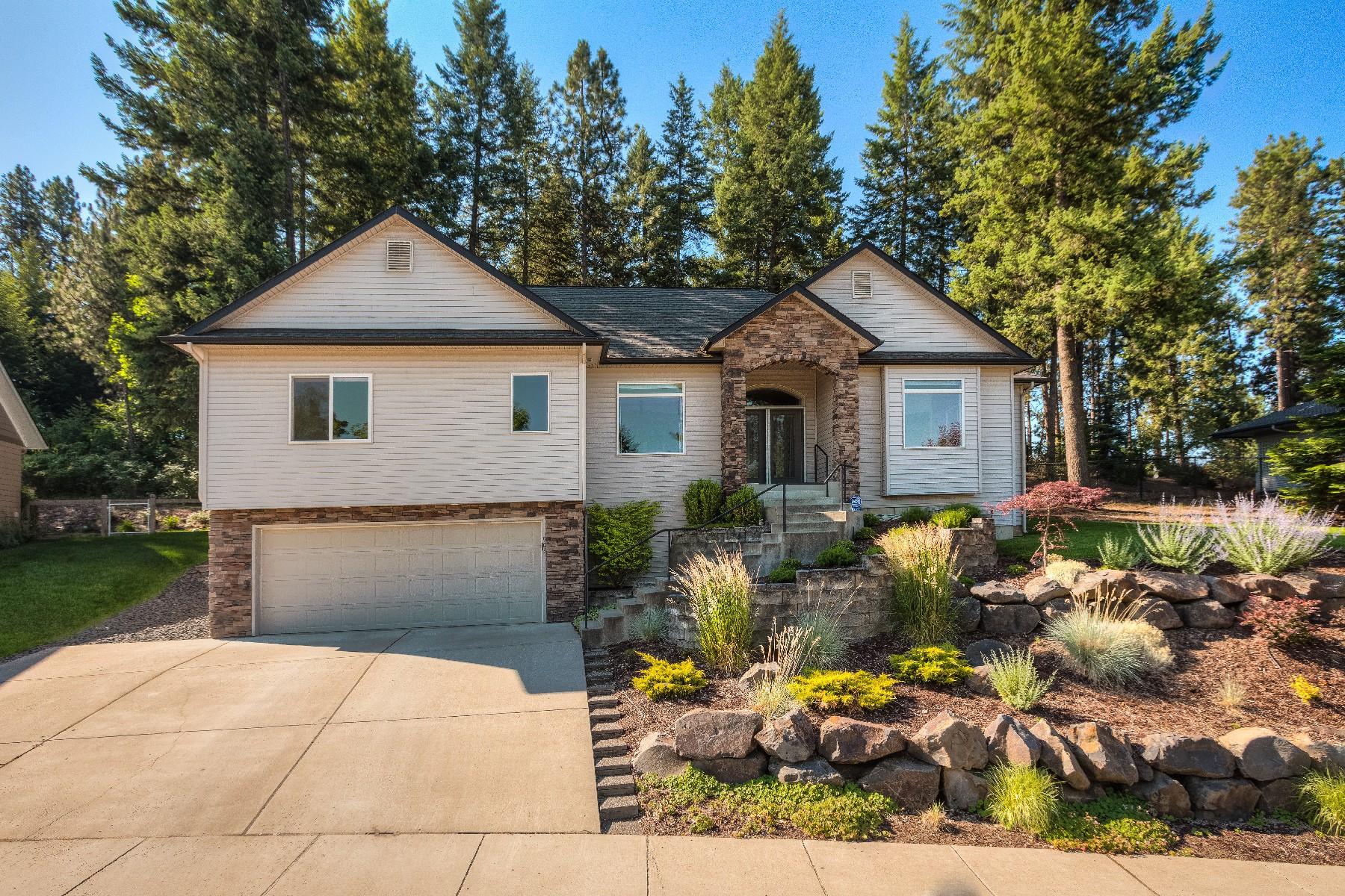 Maison unifamiliale pour l Vente à Single Family Residence 906 N. Balcony Dr Coeur D Alene, Idaho 83814 États-Unis