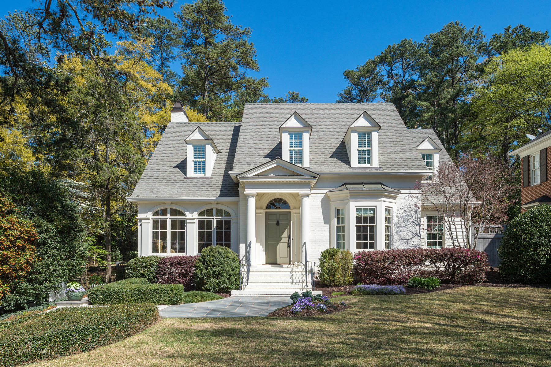 Single Family Home for Sale at Wonderful Home On Great Flat Lot On Quiet Street 1022 Eulalia Road Buckhead, Atlanta, Georgia, 30319 United States