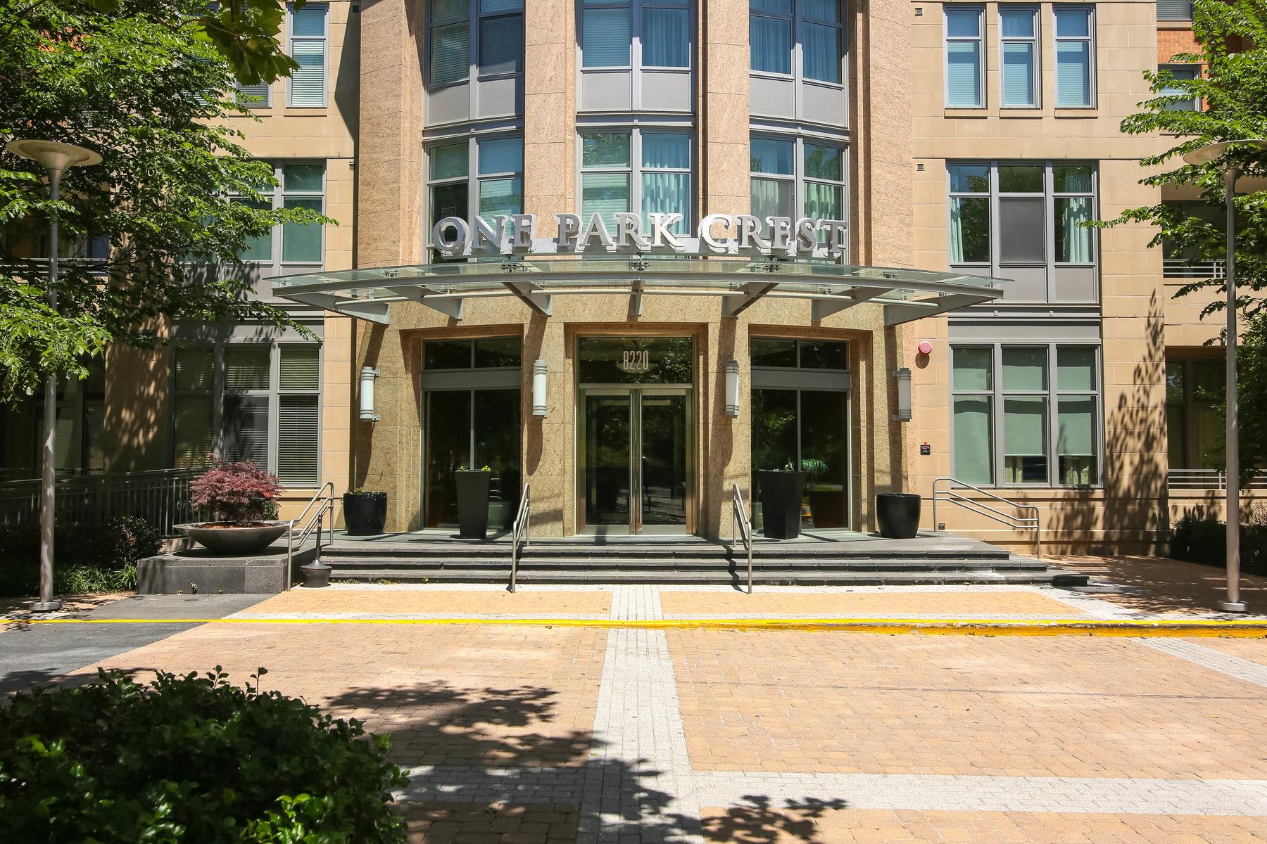 Кооперативная квартира для того Продажа на 8220 Crestwood Heights Drive 1415, Mclean 8220 Crestwood Heights Dr 1415 McLean, Виргиния, 22102 Соединенные Штаты