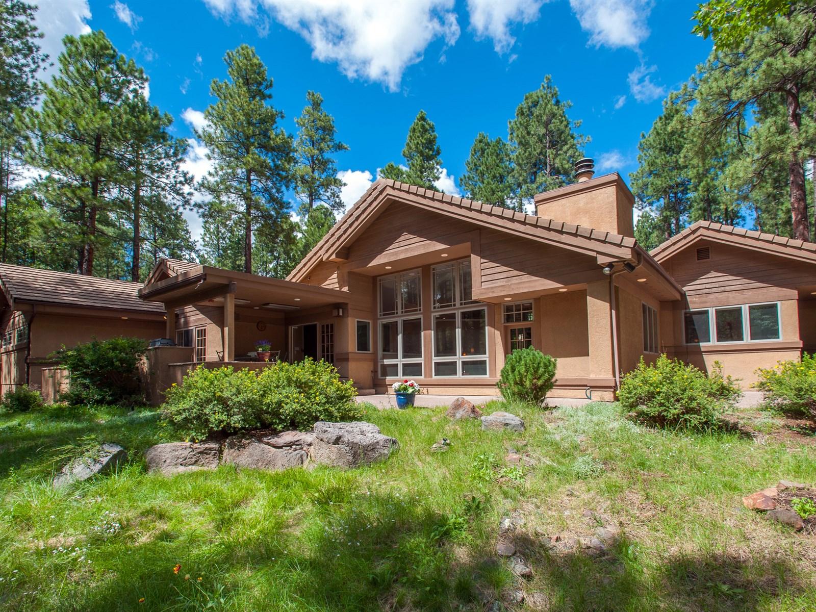 Villa per Vendita alle ore Immaculate Single Level Home 2769 Lindberg Spring Flagstaff, Arizona 86005 Stati Uniti
