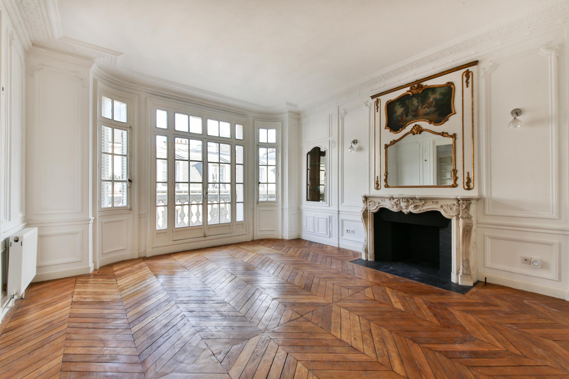 Apartamento por un Venta en Apartment - Etoile-Foch Paris, Paris 75116 Francia