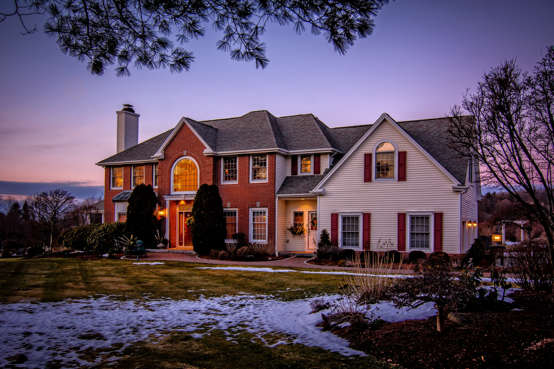 sales property at Elegant Comfort With Incredible Views