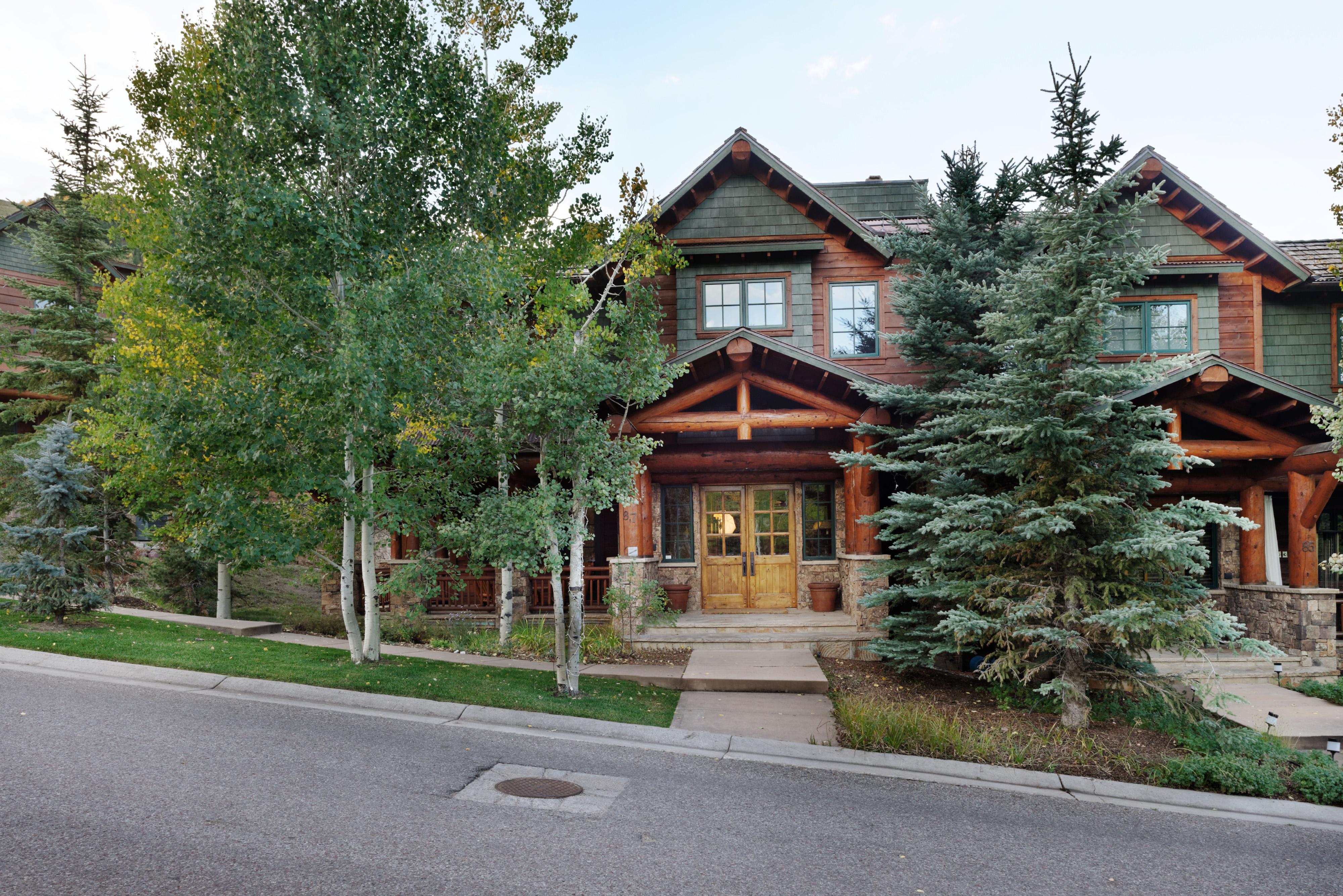 Townhouse for Sale at A Home for all Seasons 87 Thunderbowl Lane Unit 7 Aspen, Colorado 81611 United States