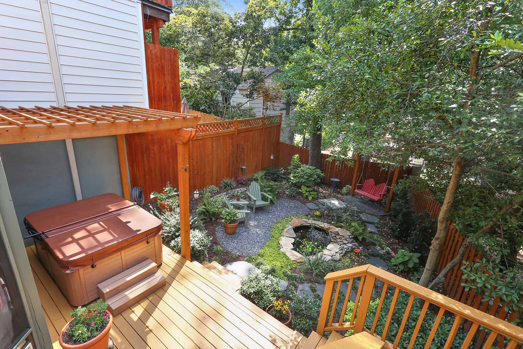 Additional photo for property listing at Exceptional Intown Garden Townhome 1832 Rockridge Place NE Atlanta, ジョージア 30324 アメリカ合衆国
