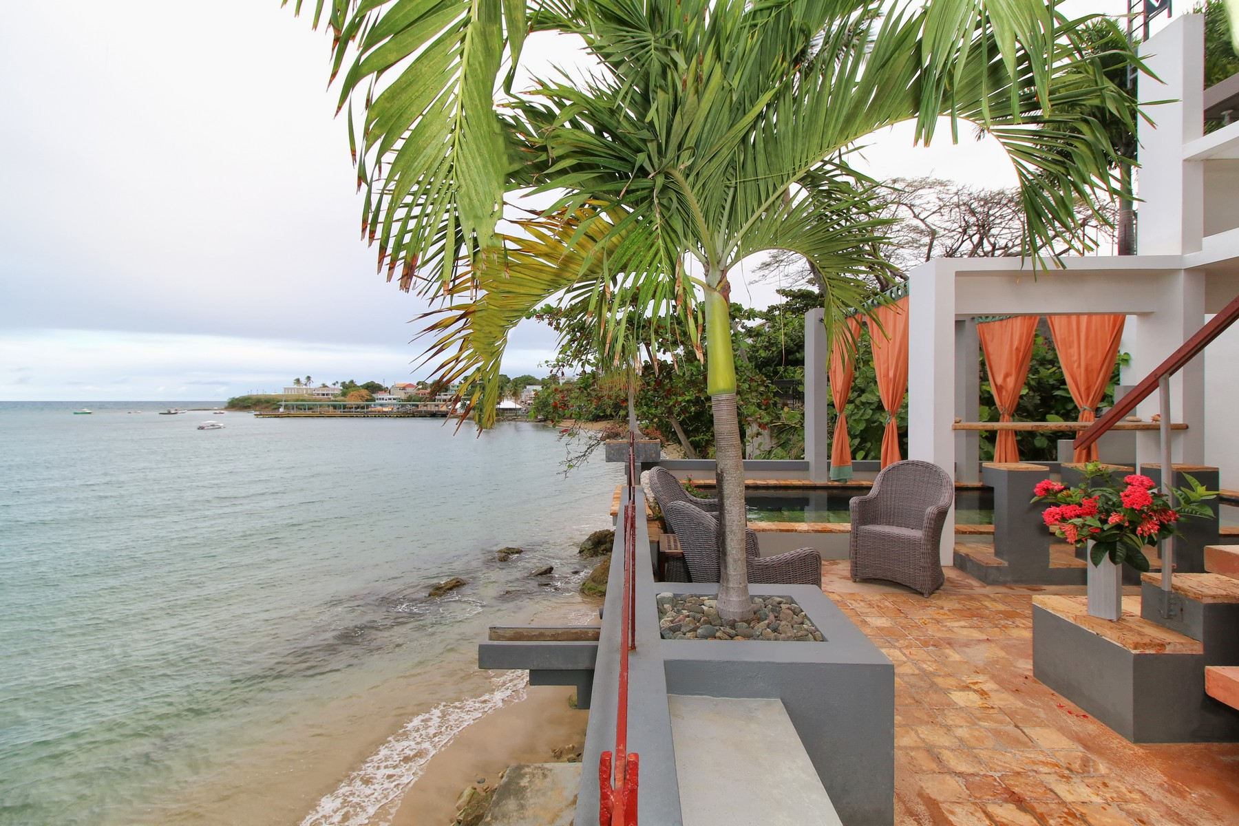 Additional photo for property listing at Villa Uno on Vieques Island 1 Victor Dutiel Street Vieques, Puerto Rico 00765 Porto Rico