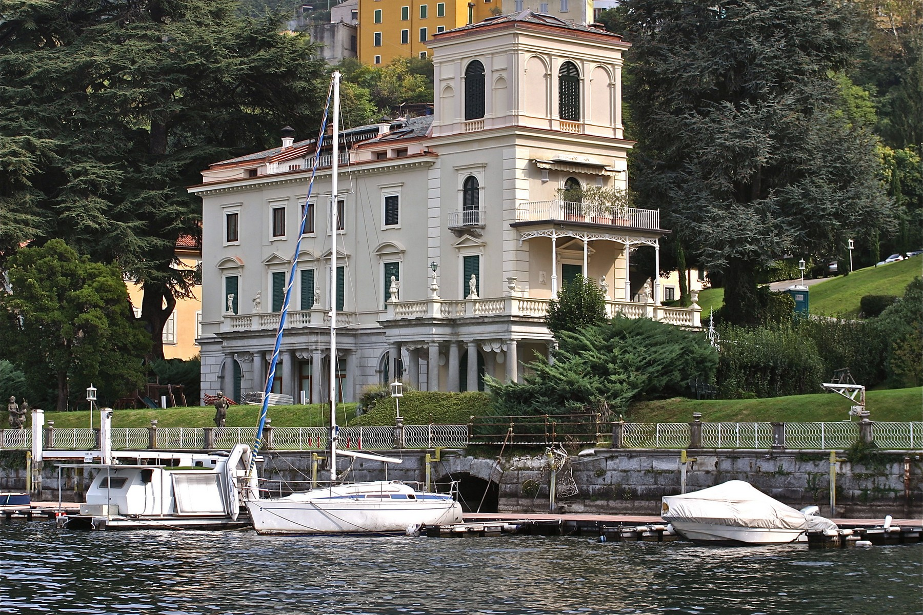 sales property at Prestigious apartment in period villa on Lake Como
