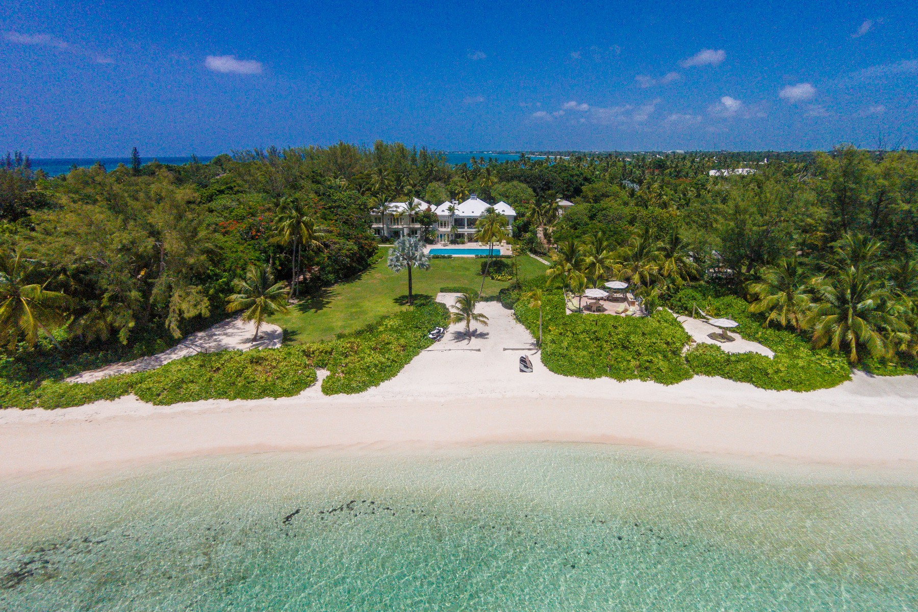 Single Family Home for Sale at Los Pastores Lyford Cay, Nassau And Paradise Island Bahamas