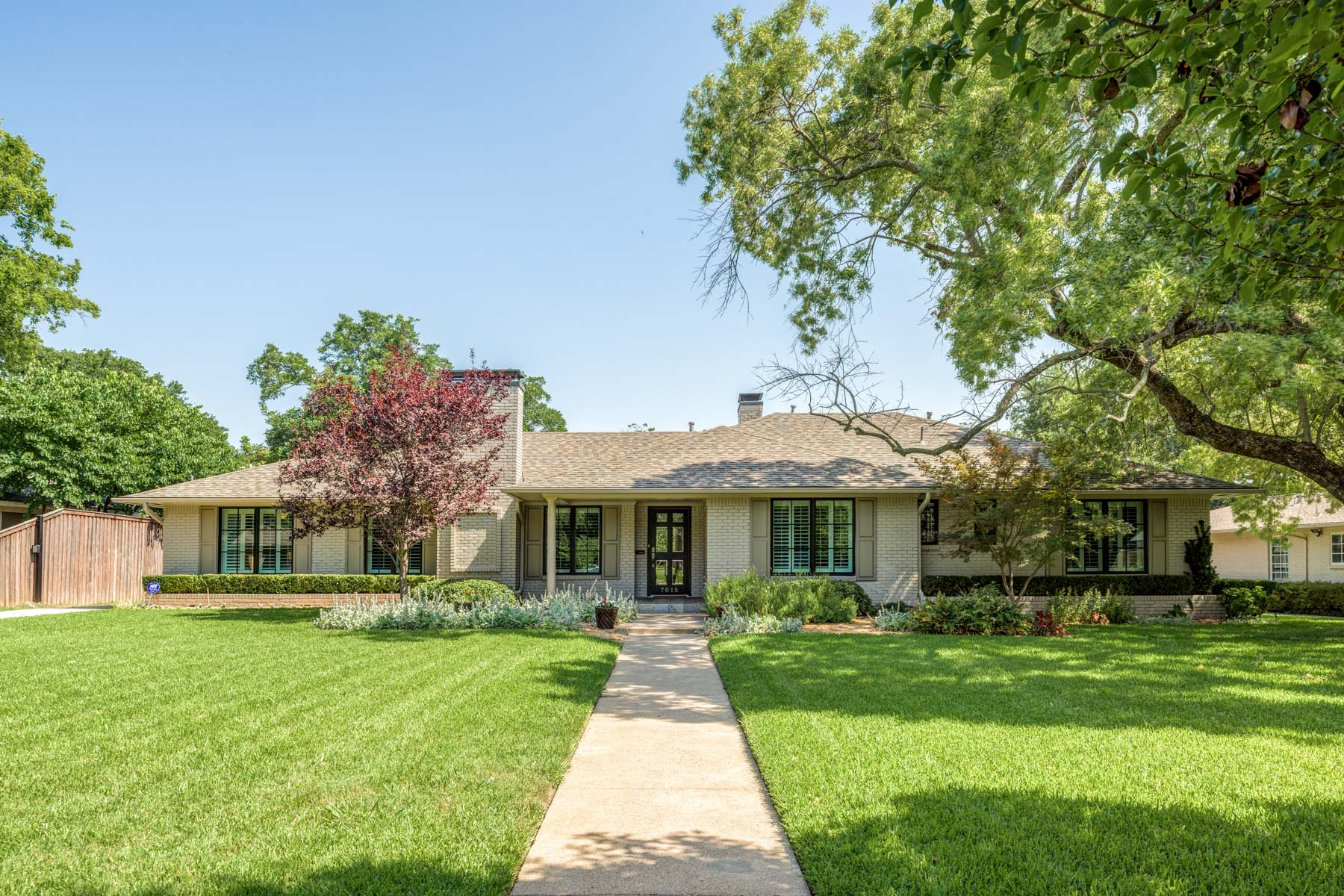 sales property at Updated Ranch