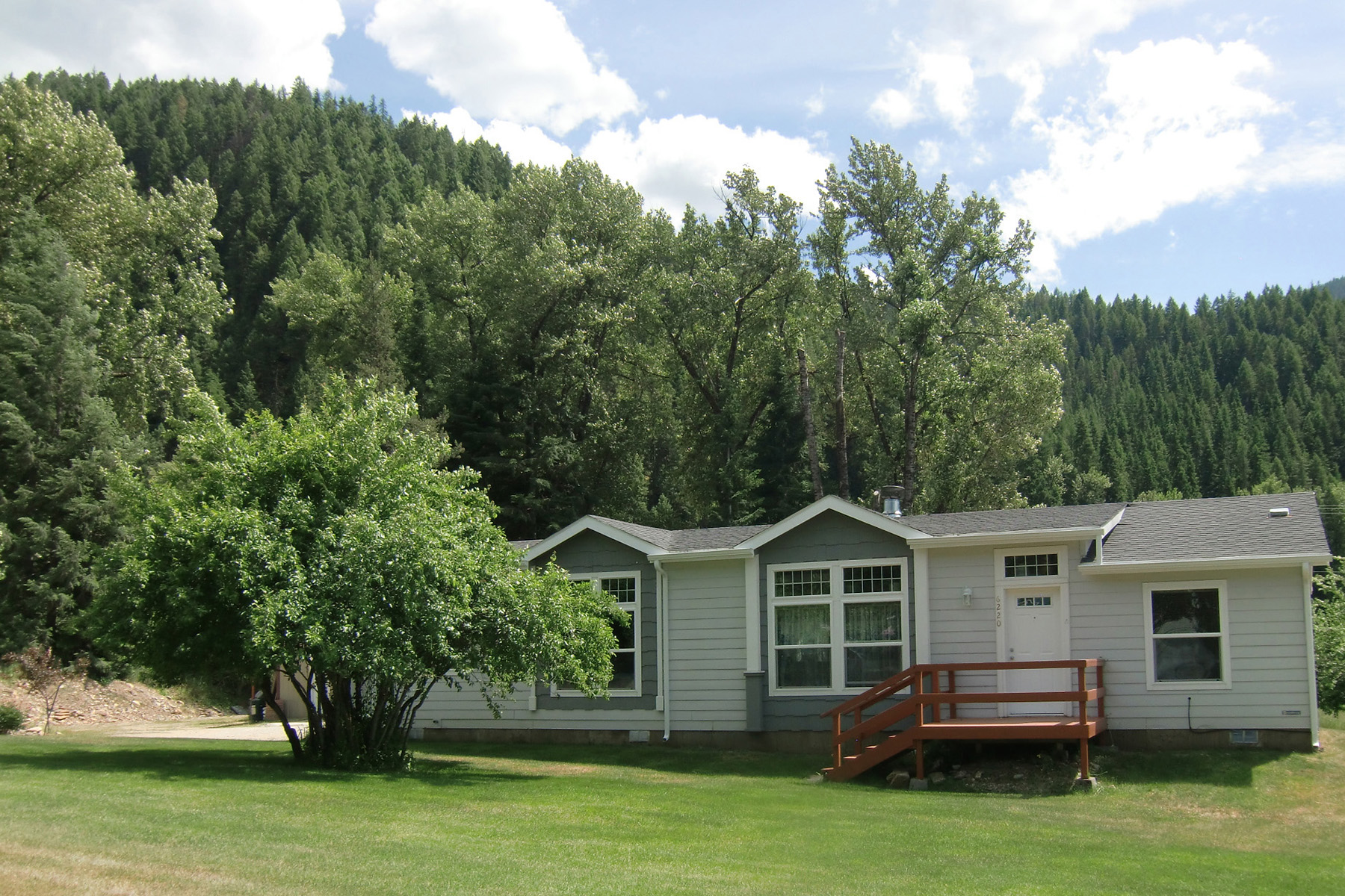Casa Unifamiliar por un Venta en Escape The Hustle And Bustle 6220 Prichard Creek RD Murray, Idaho 83874 Estados Unidos