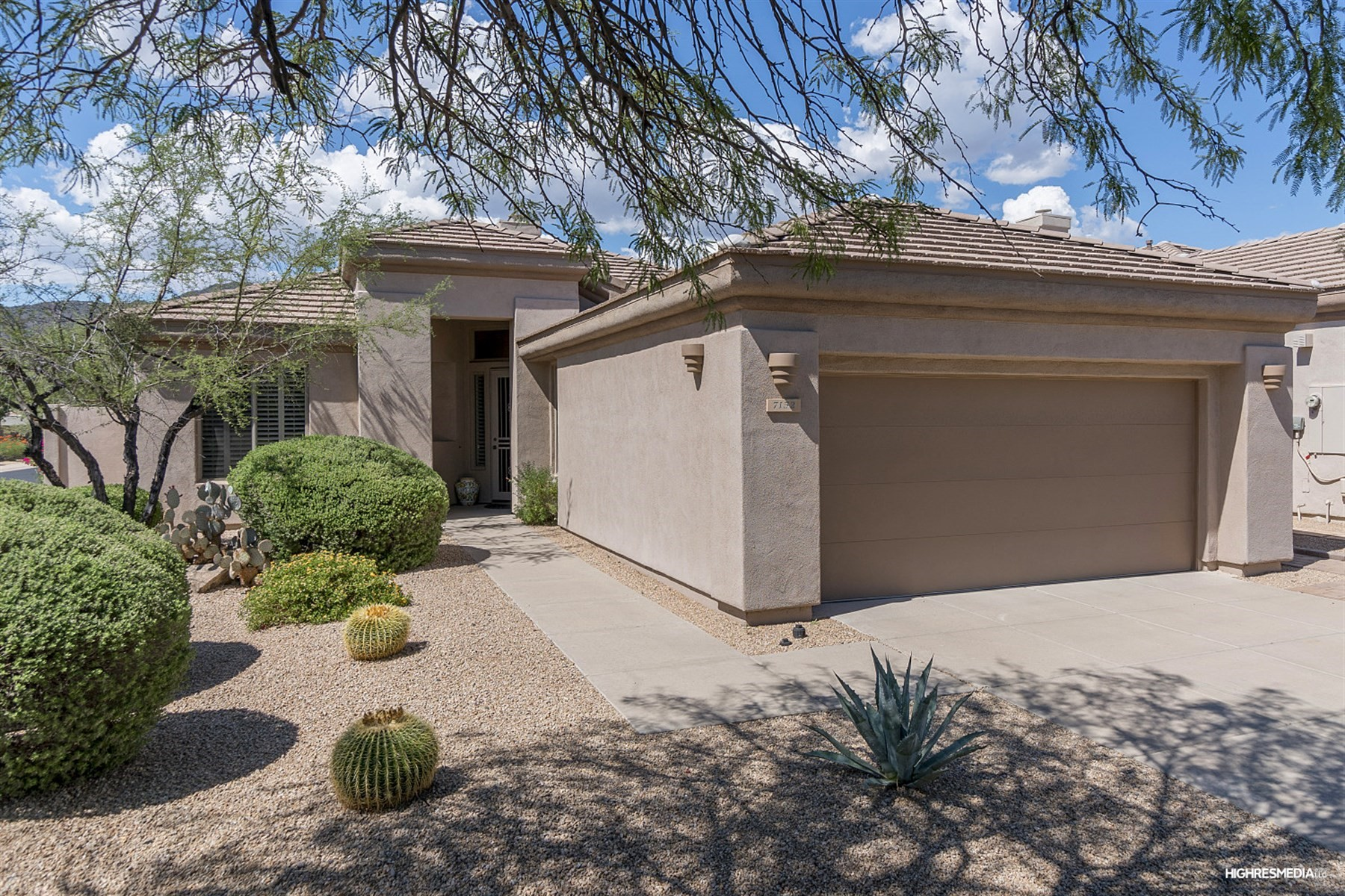 Single Family Home for Sale at Fantastic home in the beautiful community of Terravita 7152 E Canyon Wren Cir Scottsdale, Arizona, 85266 United States