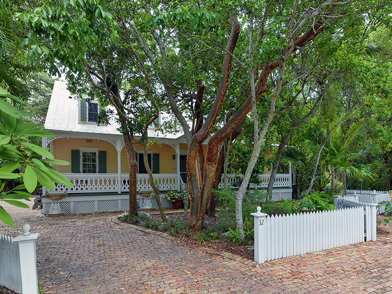 Property For Sale at Gated Bayfront Community