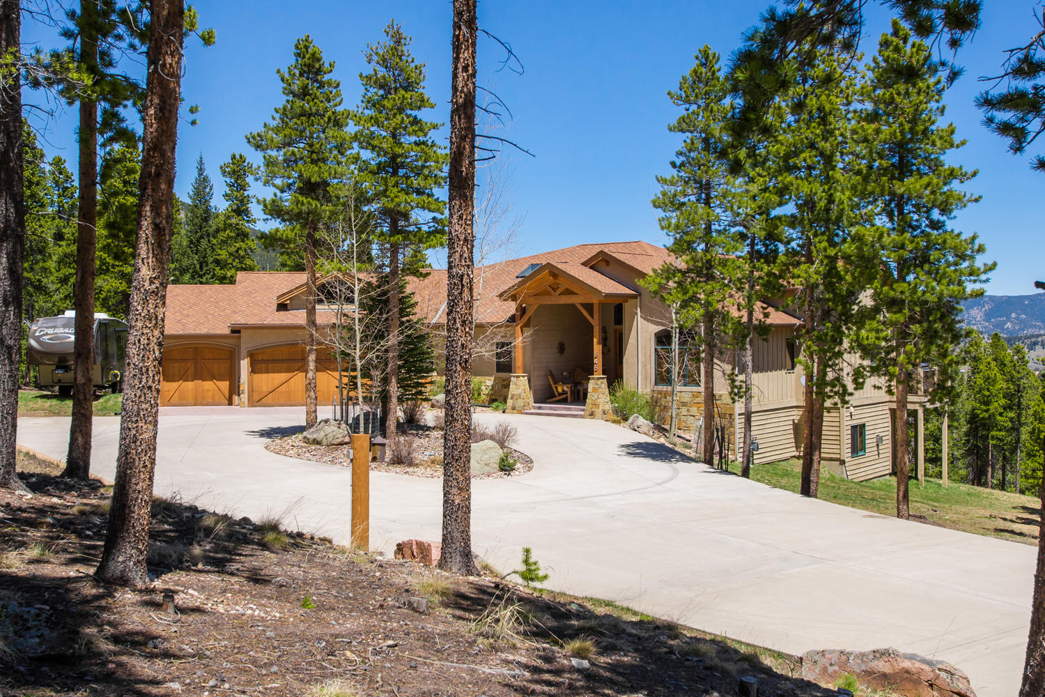 Casa Unifamiliar por un Venta en Breath taking mountain views 645 Old Squaw Pass Road Evergreen, Colorado, 80439 Estados Unidos