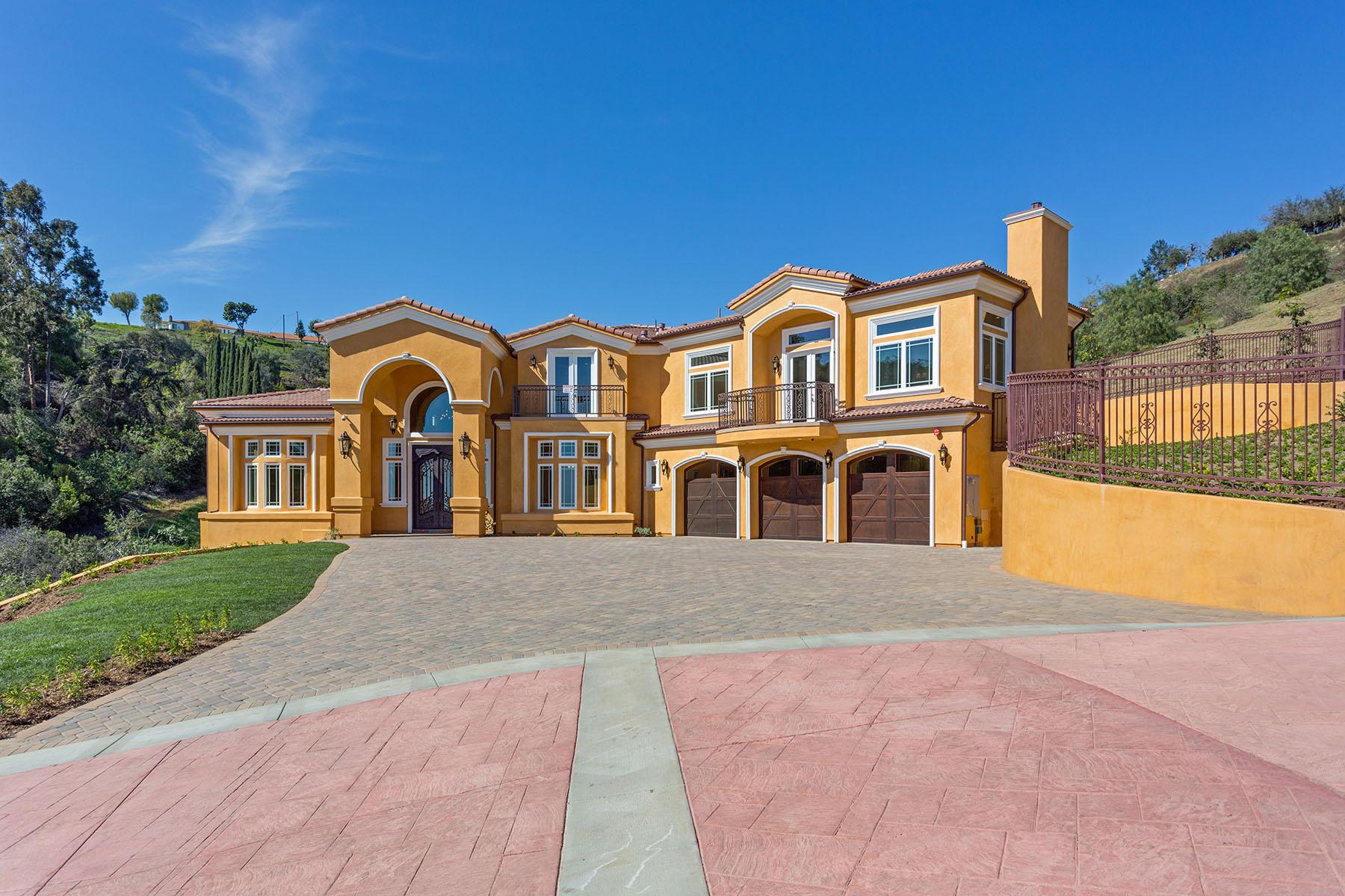 獨棟家庭住宅 為 出售 在 805 West Road La Habra Heights, 加利福尼亞州 90631 美國