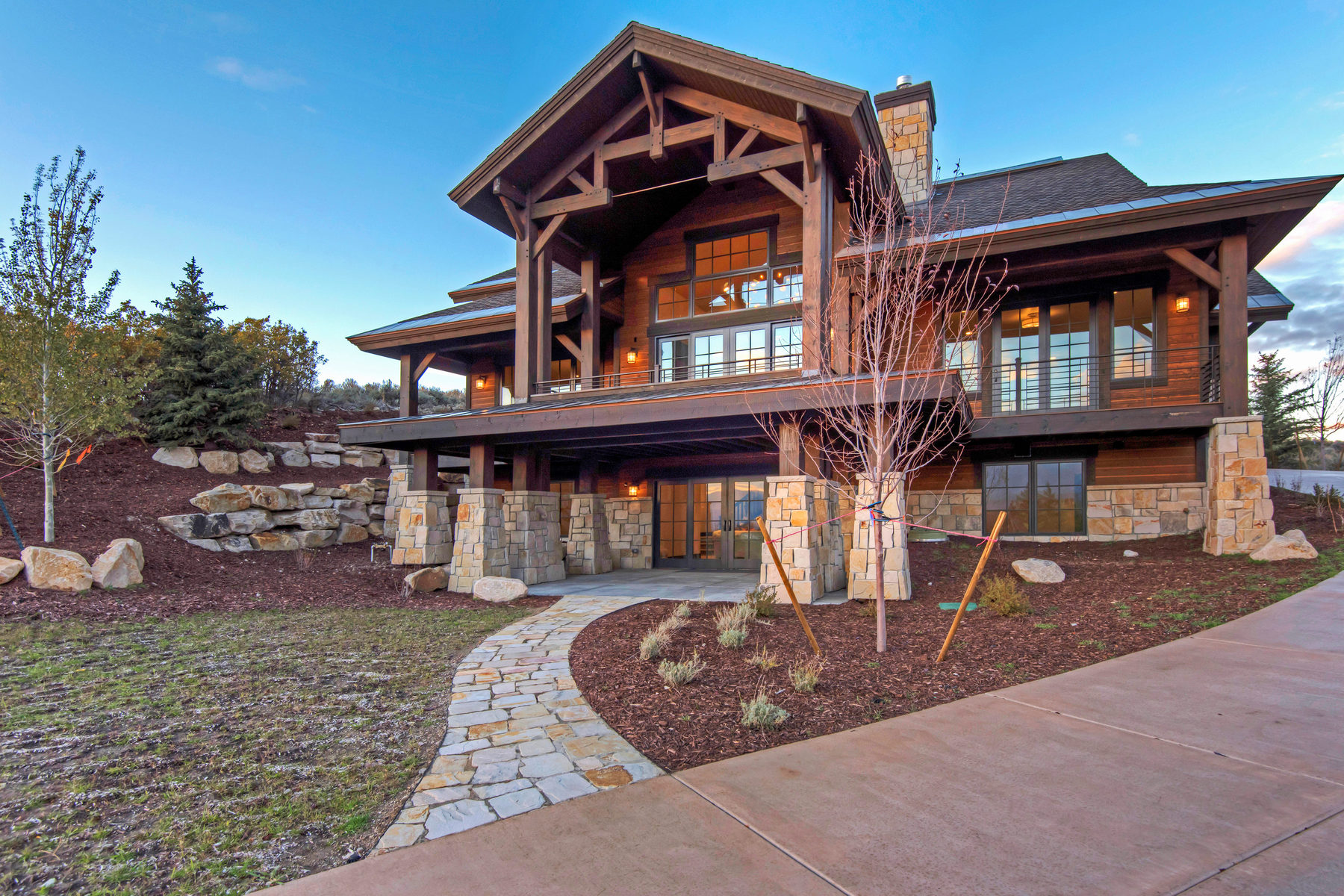 Casa Unifamiliar por un Venta en Promontory New Construction 8936 N Mountain Crest Rd Park City, Utah 84098 Estados Unidos