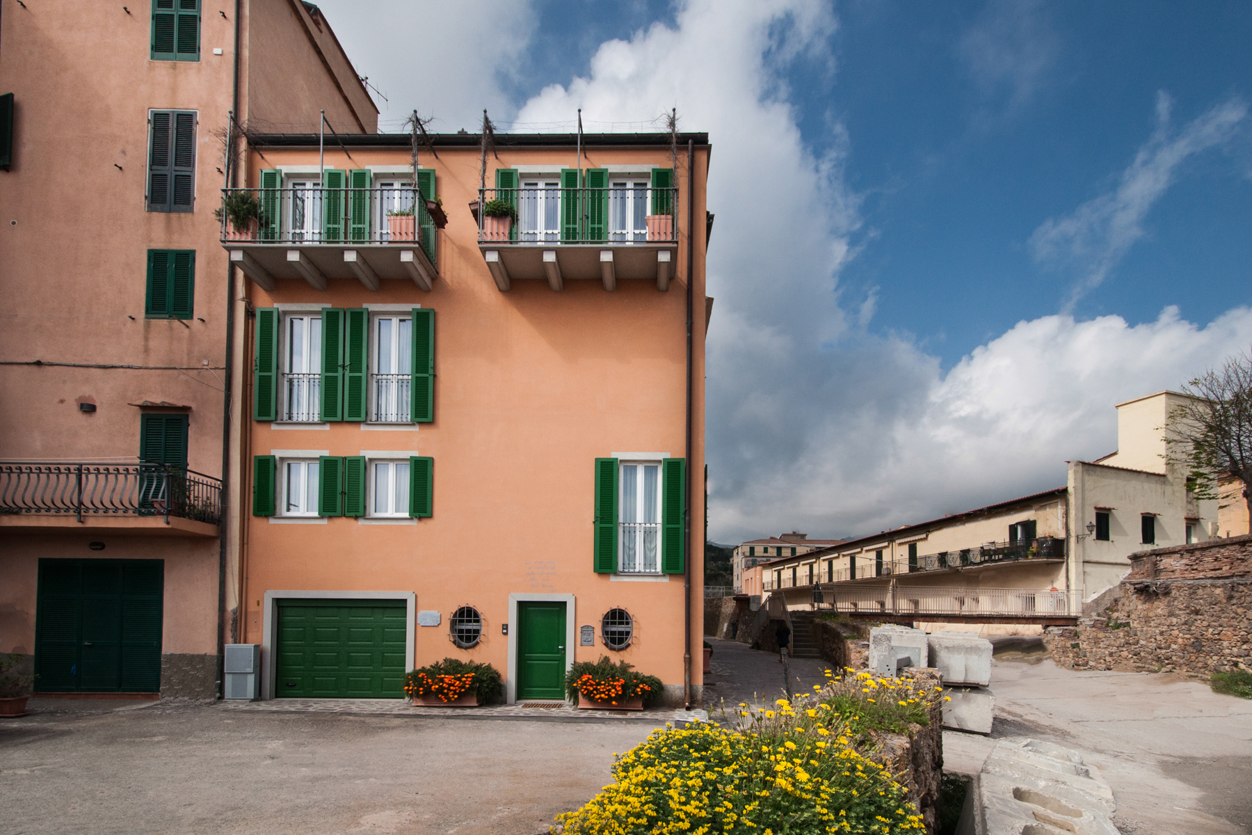 Property For Sale at Beautiful townhouse on four levels