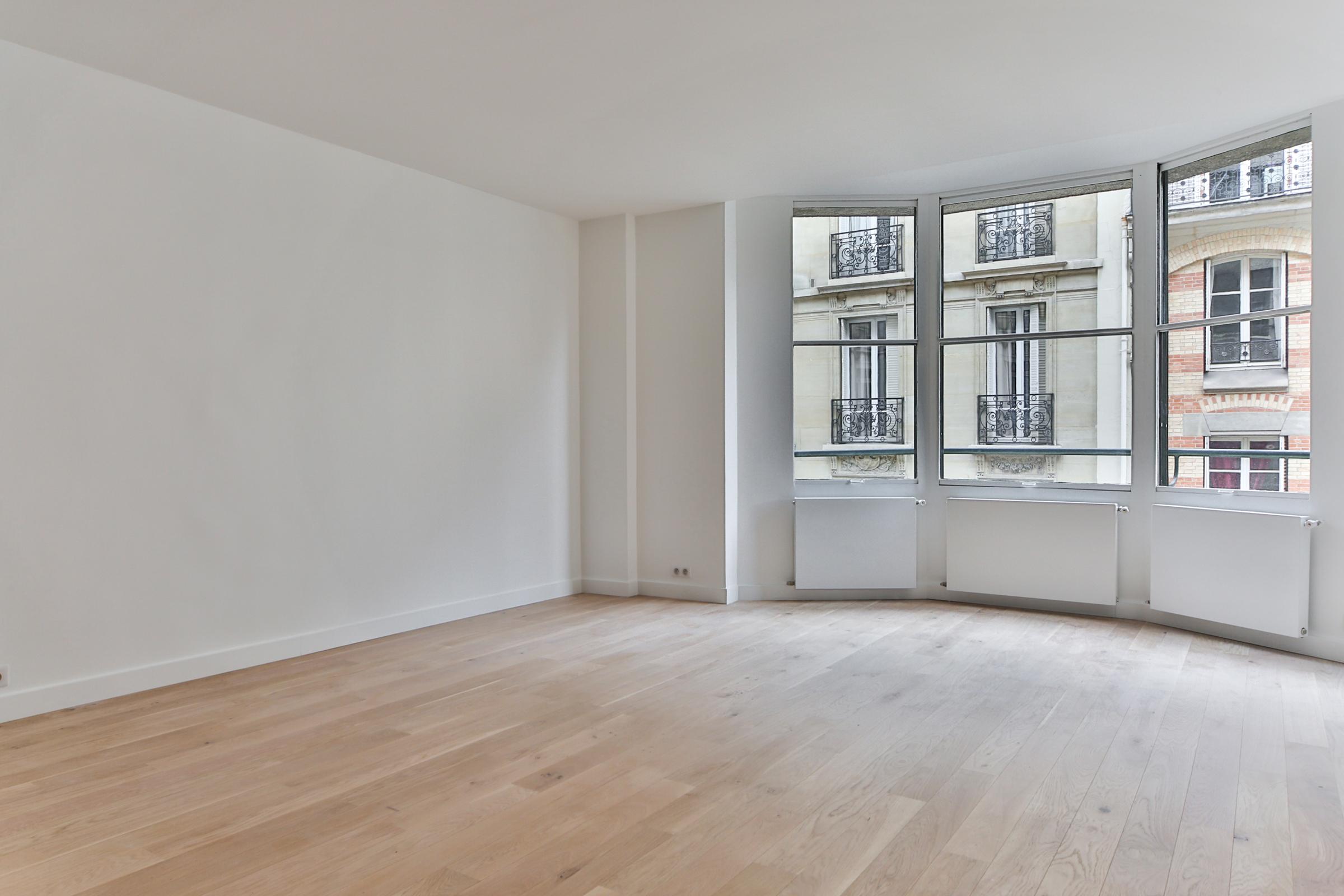 Квартира для того Продажа на Apartment - Pompe La Tour Paris, Париж 75016 Франция