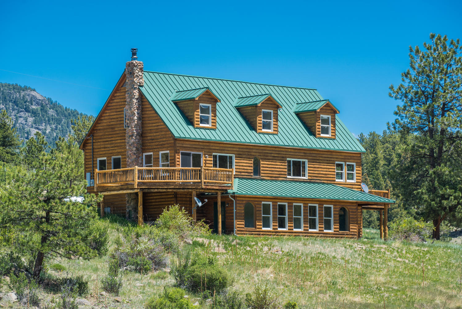 sales property at Energy Efficient Mountain Lodge