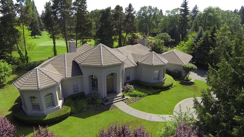Single Family Home for Sale at 70 Country Club 70 Country Club Circle Sw Lakewood, Washington 98498 United States