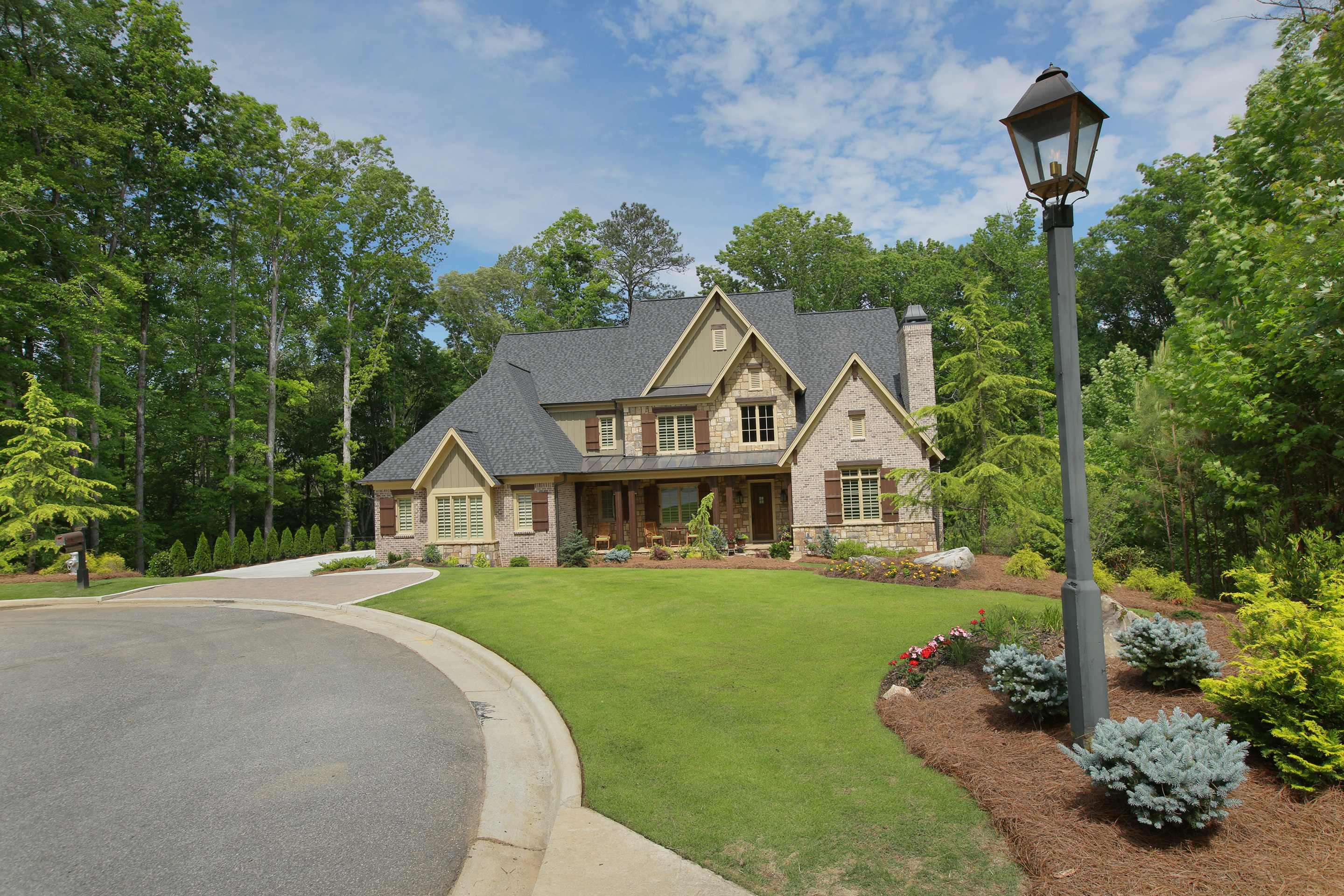 Casa Unifamiliar por un Venta en Private Retreat 5212 Boulder Bluff Way Suwanee, Georgia, 30024 Estados Unidos