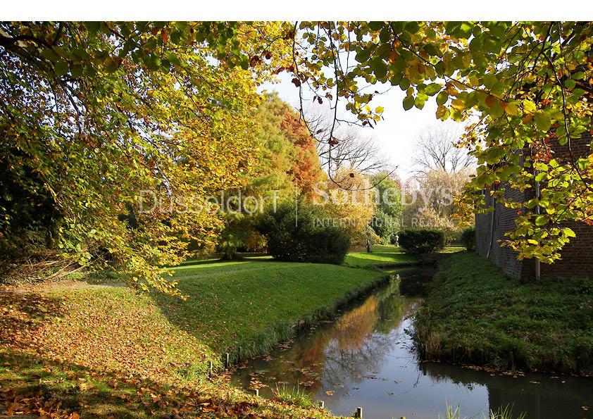 Property Of Water Castle near Düsseldorf