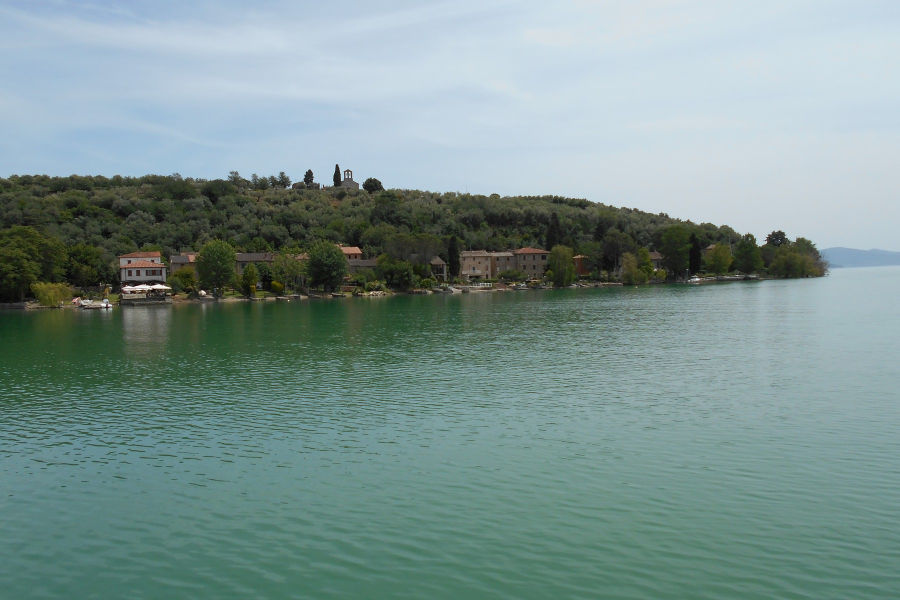 Additional photo for property listing at Splendid property overlooking Lake Trasimeno Via Guglielmi Isola Maggiore, Perugia 06069 Italie