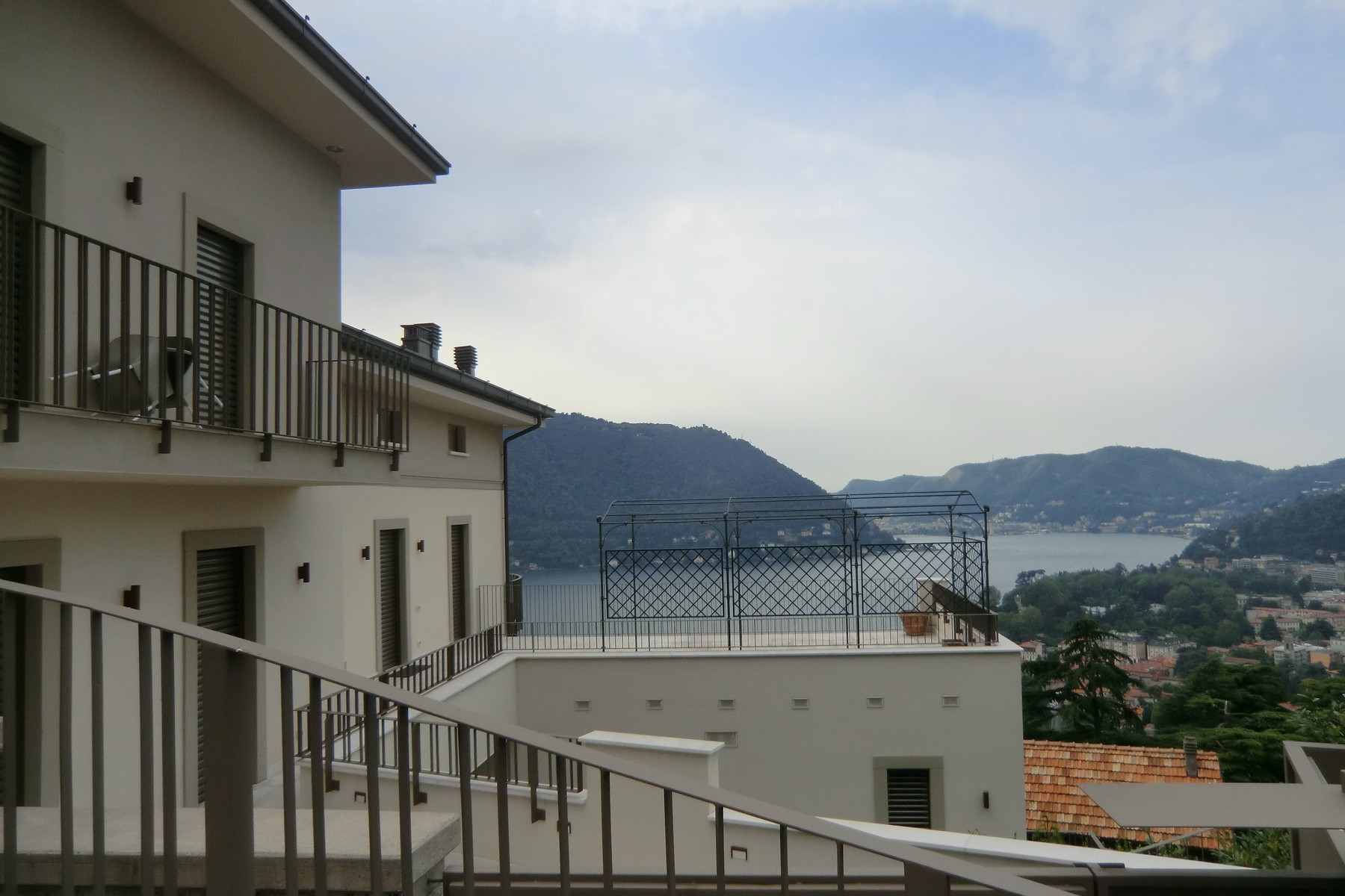 sales property at Prestigious property with lakeview