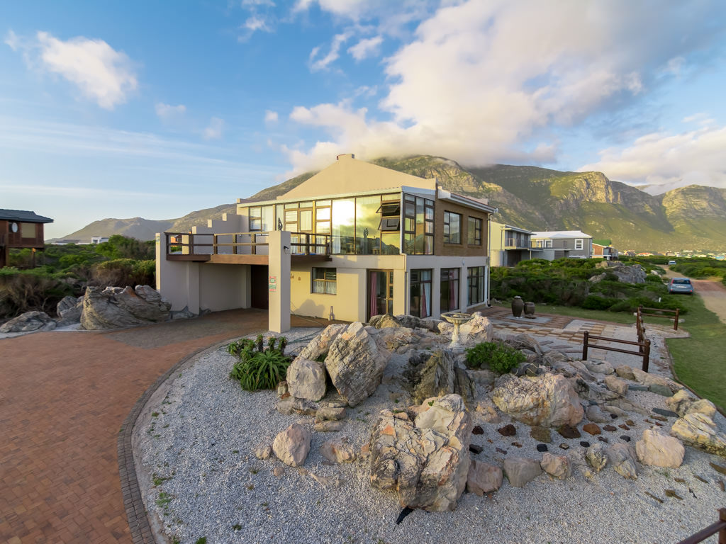 Maison unifamiliale pour l Vente à Betty's Bay Cape Town, Cap-Occidental, 7141 Afrique Du Sud