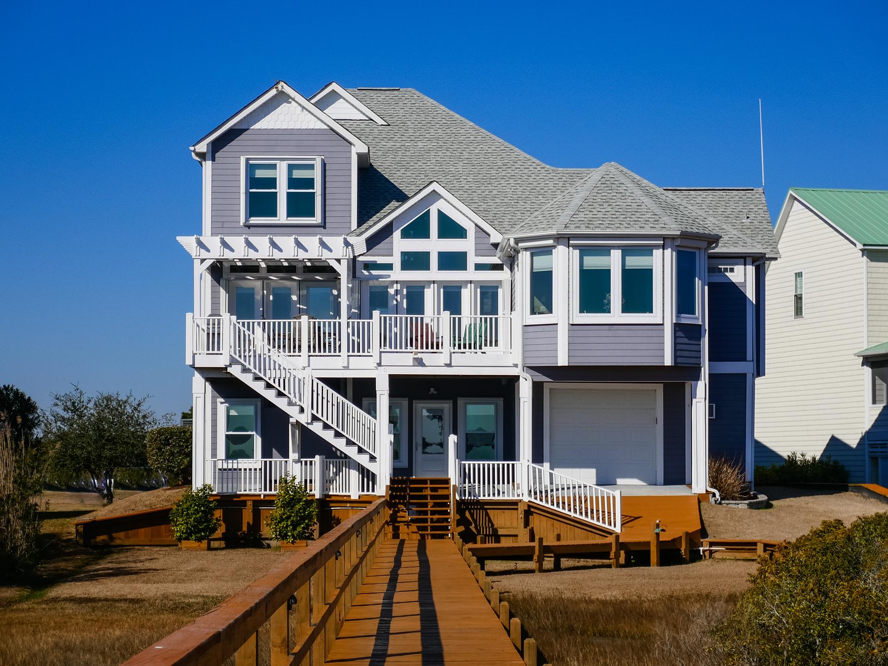 단독 가정 주택 용 매매 에 Spectacular Waterfront Cottage on the North Carolina Coast 172 Big Hammock Point Sneads Ferry, 노스캐놀라이나 28460 미국