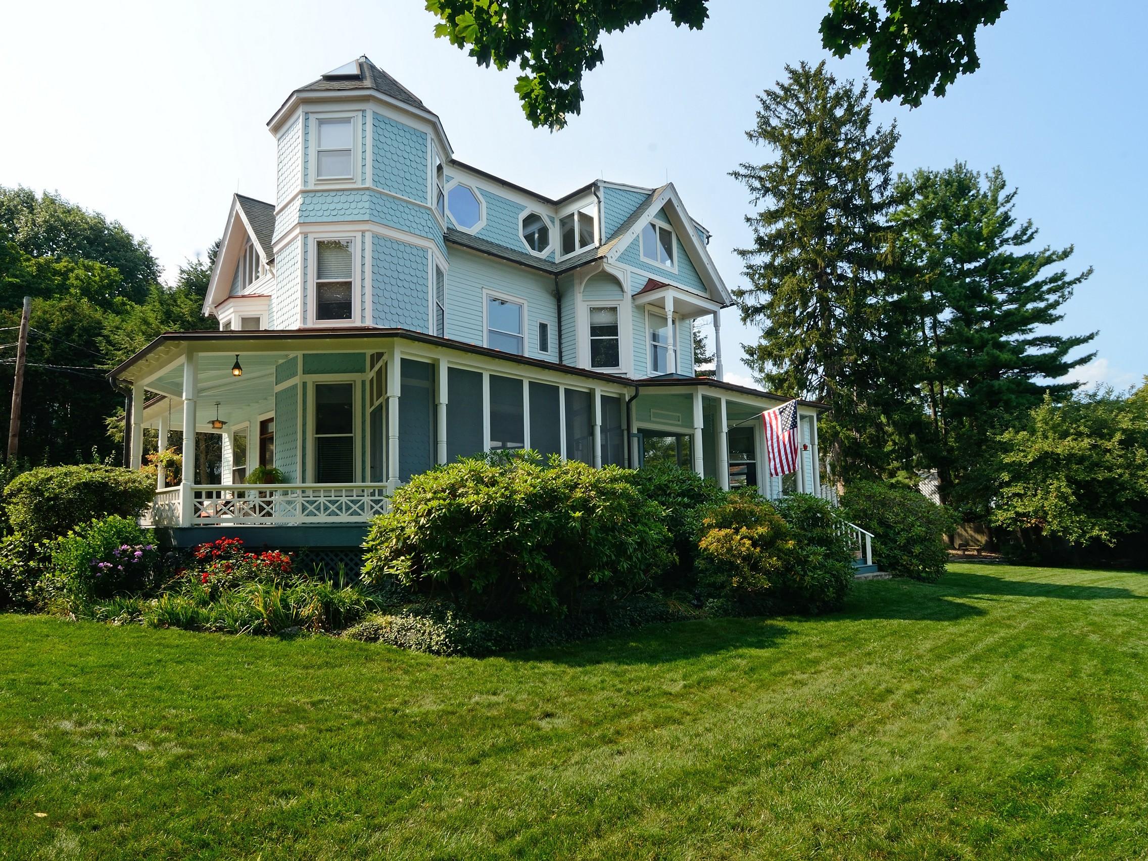 Single Family Home for Sale at Sandalwood on Hudson 2 La Veta Place Nyack, New York, 10960 United States