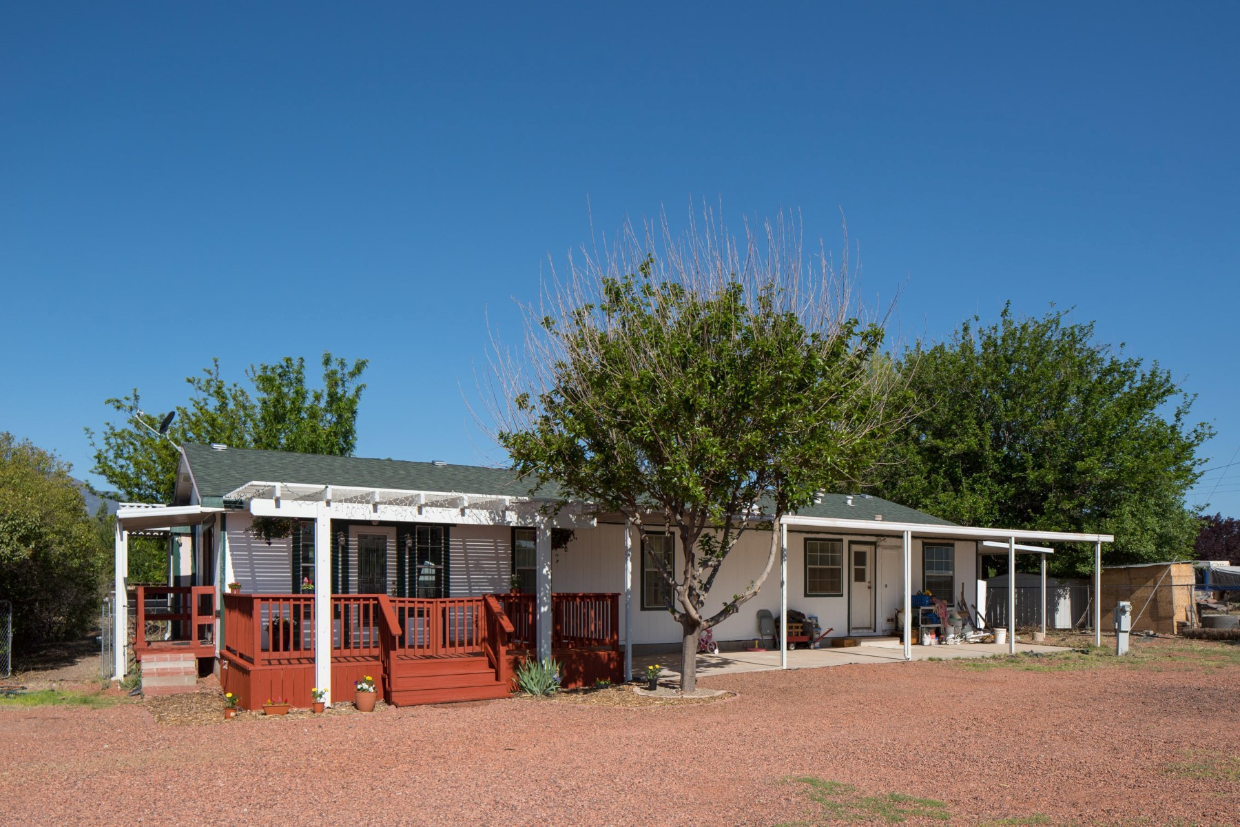 sales property at Beautiful lot with a lovely manufactured home