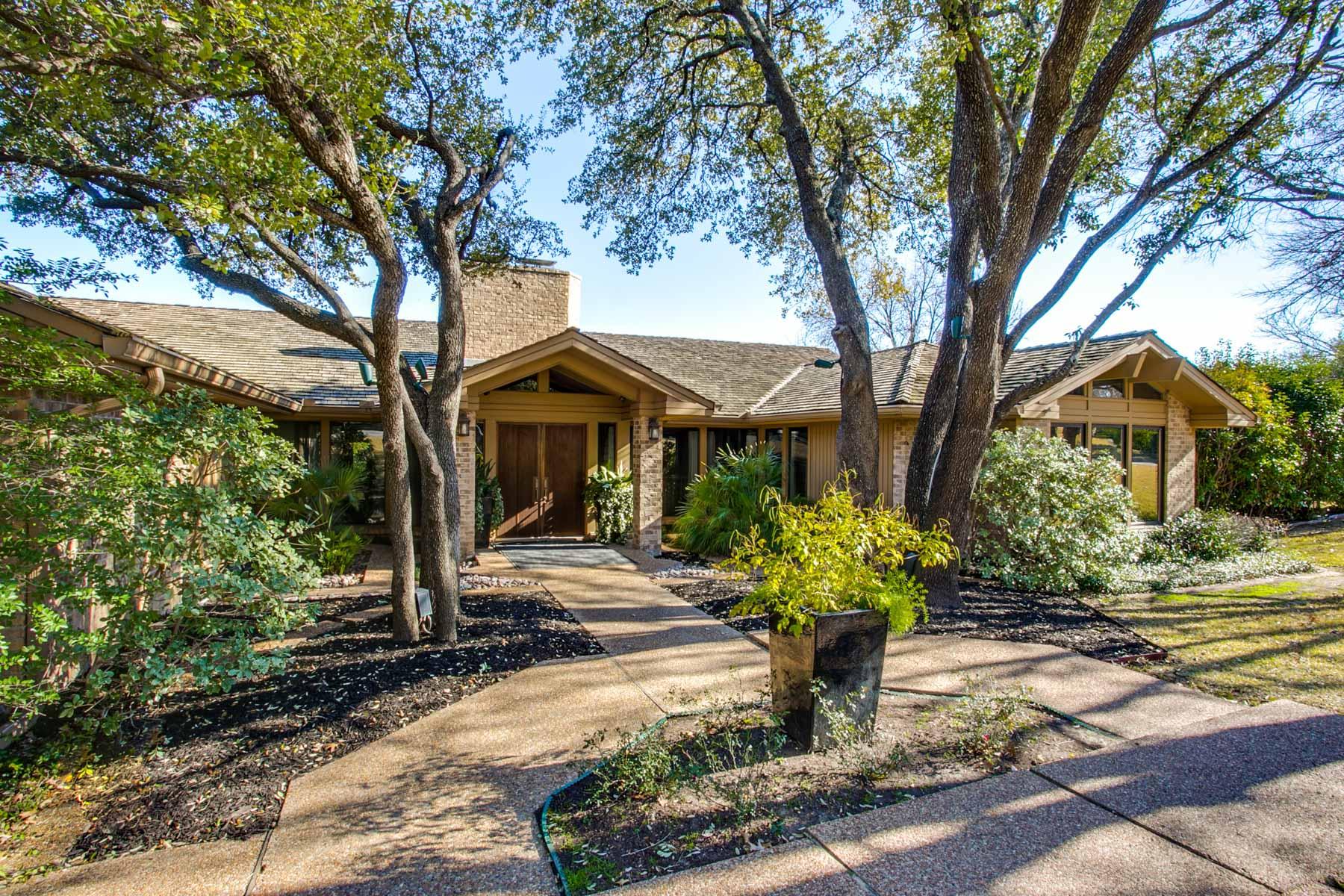 一戸建て のために 売買 アット Westover Hills Cul-De-Sac One-Story Gem 1513 Shady Oaks Lane Westover Hills, テキサス, 76107 アメリカ合衆国