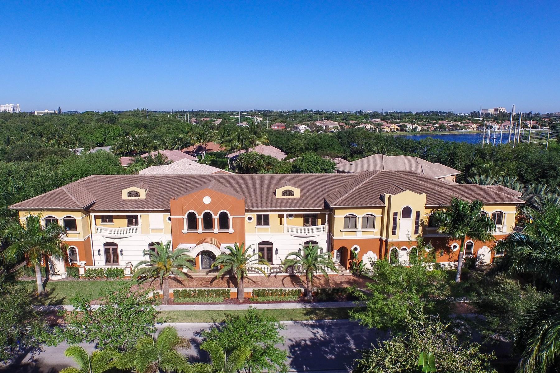 Maison unifamiliale pour l Vente à 3600 Estate Oak CR Hollywood, Florida 33312 États-Unis