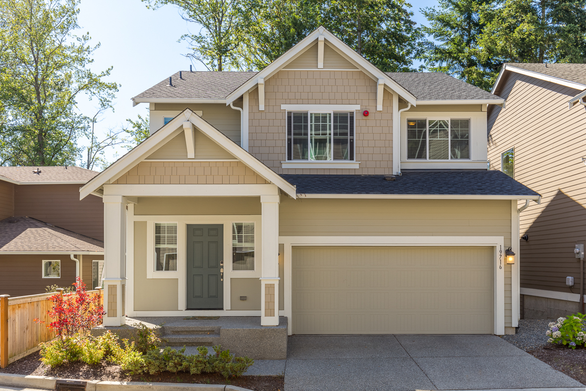 Vivienda unifamiliar por un Venta en Arbor Mist Craftsman 19716 26th Park West Lynnwood, Washington, 98036 Estados Unidos