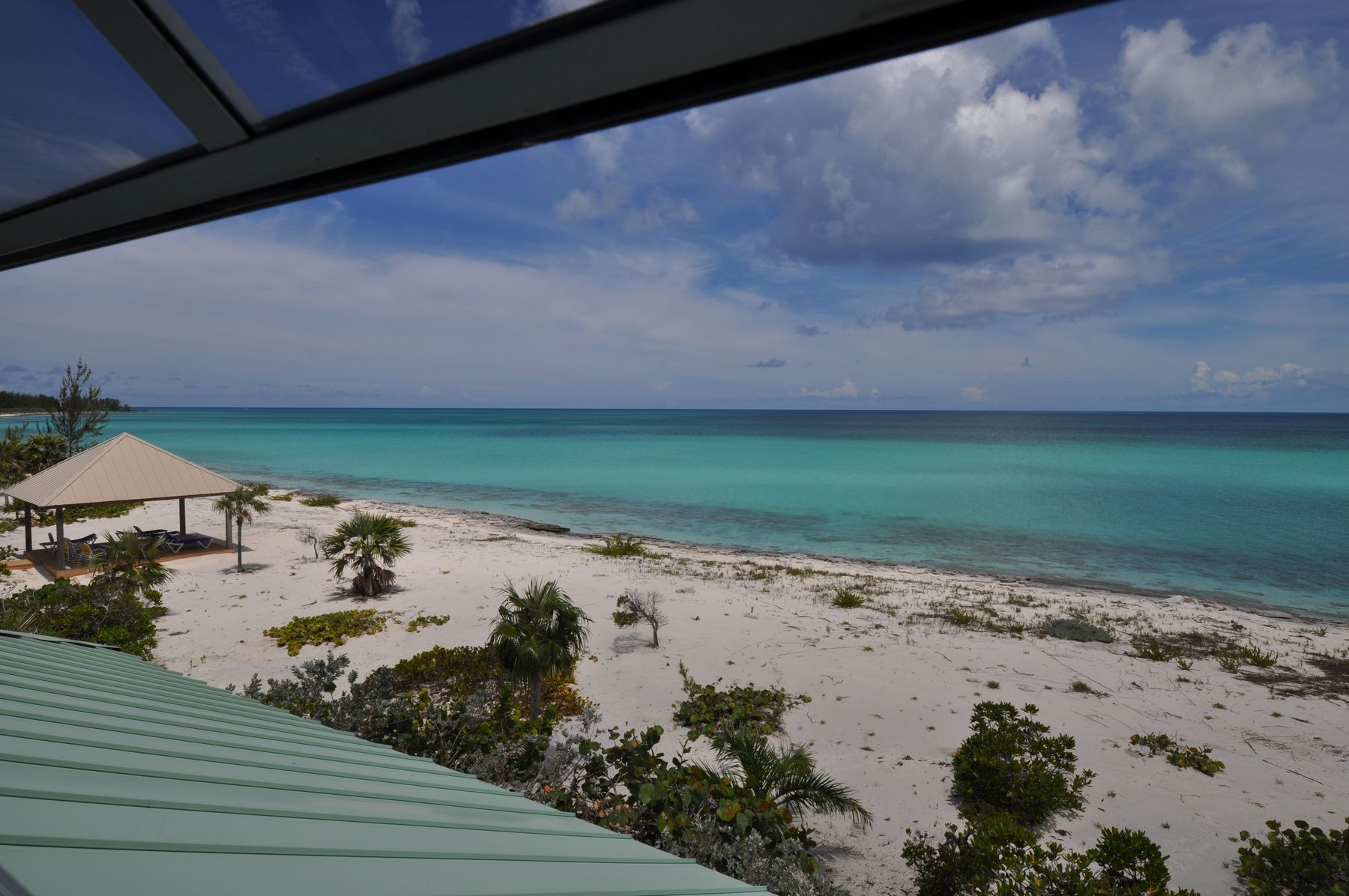 Additional photo for property listing at Hawk's Nest Beachfront Property Cat Island, Cat Island Bahamas