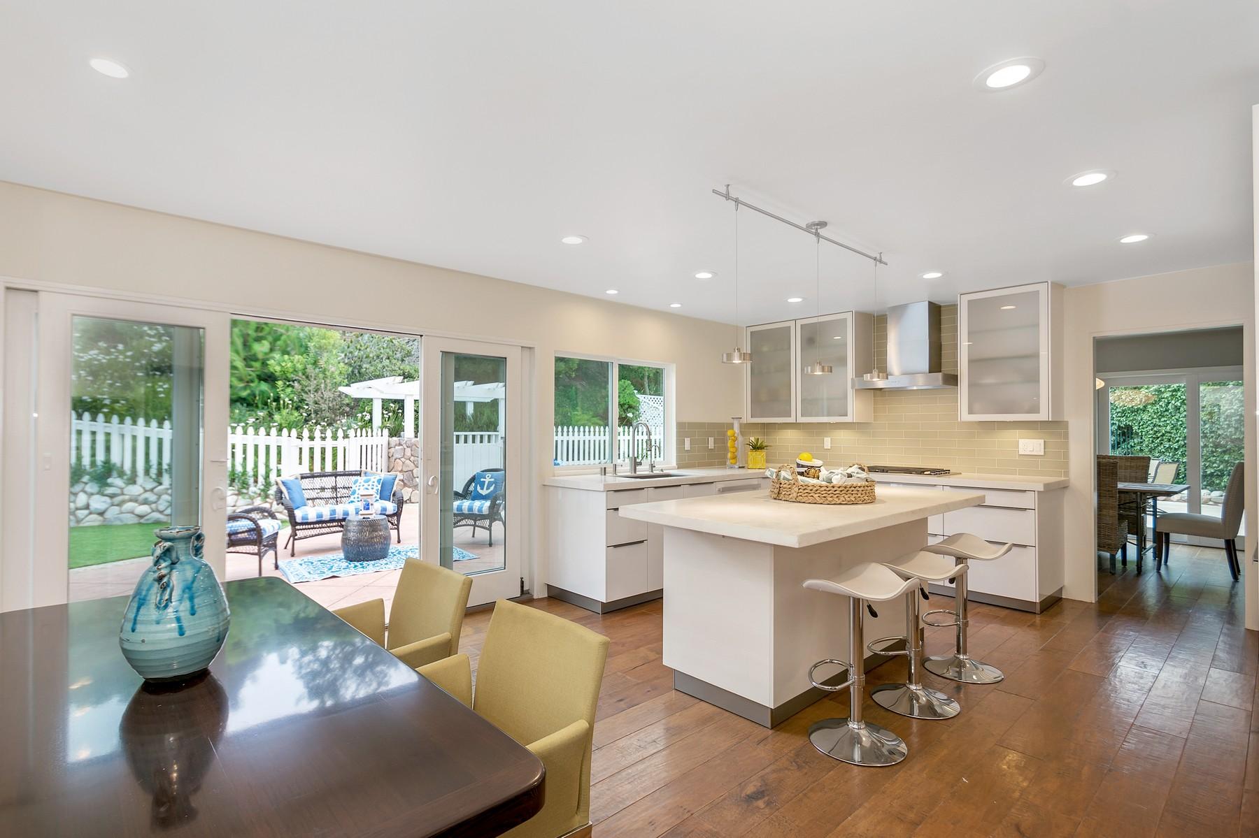 Single Family Home for Sale at 2875 Sugarman Way La Jolla, California, 92037 United States