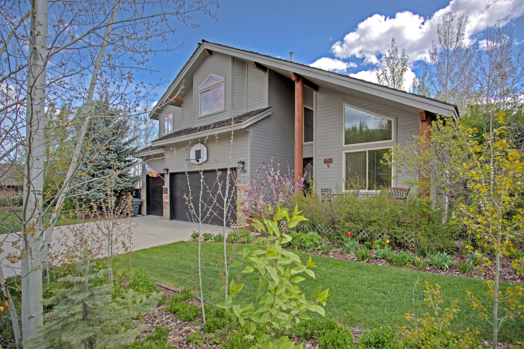 Single Family Home for Sale at Wonderful and Desirable Home 5196 N East Meadows Dr Park City, Utah 84098 United States