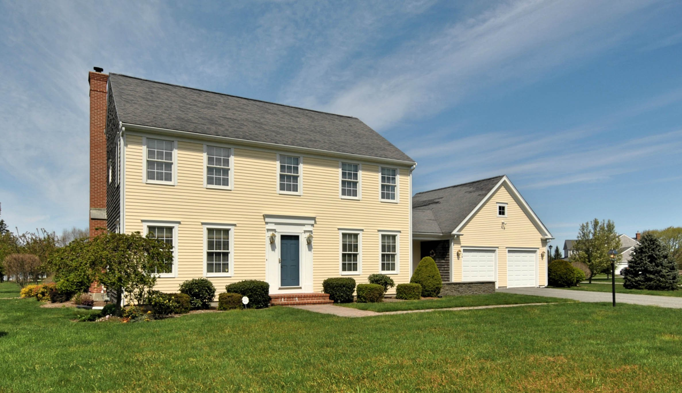 Single Family Home for Sale at Meticulously Maintained Colonial 16 Paddock Lane Middletown, Rhode Island 02842 United States