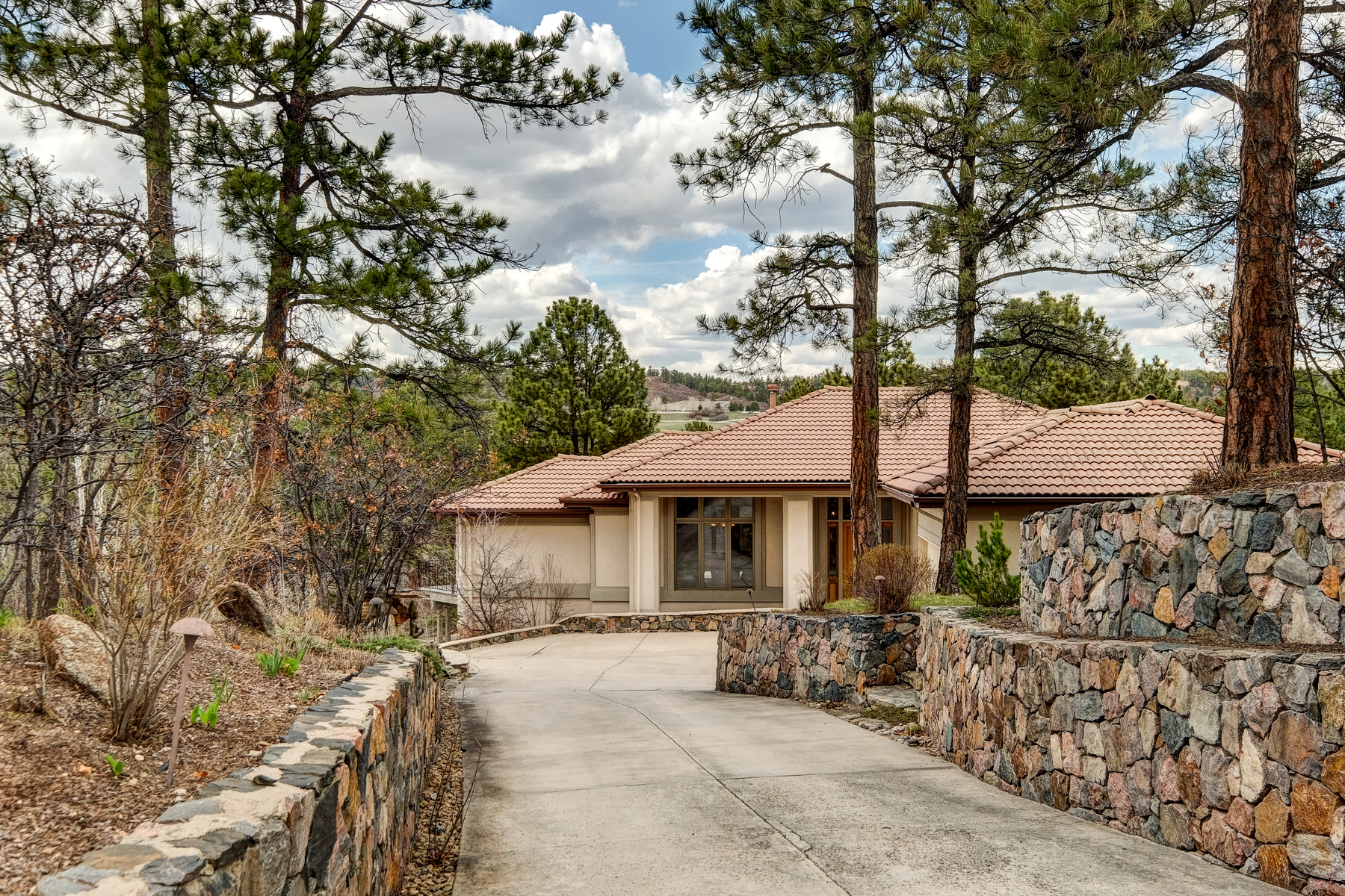 Single Family Home for Sale at 858 Swandyke Dr Castle Pines Village, Castle Rock, Colorado, 80108 United States