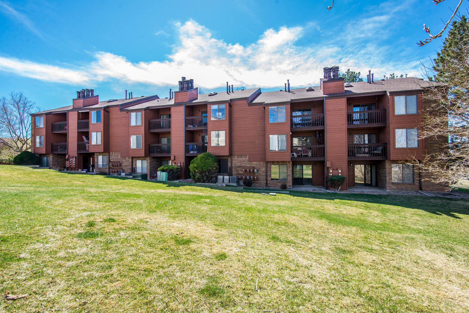 sales property at Fantastic Corner Unit with Mountain Views