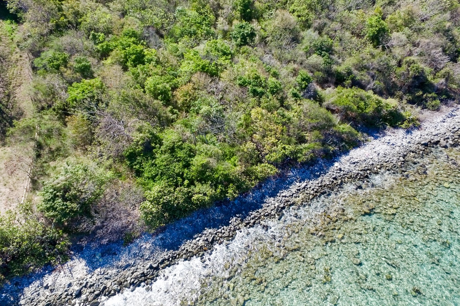 Additional photo for property listing at Little Mountain Beachside Land Little Mountain, Beef Island 英屬維京群島